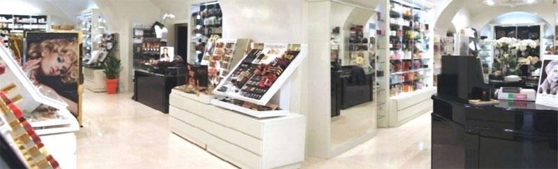 Arredamento per negozio a bologna studio perugia for Arredamenti a bologna