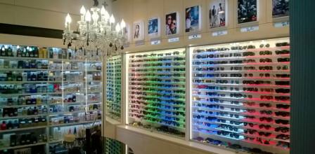 Arredamento per negozi a 360 studio perugia for Guidi arredamenti san marino